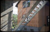 На лестницу